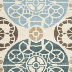 Safavieh Handmade Chatham Treasures Beige New Zealand Wool Rug (8' x 10')
