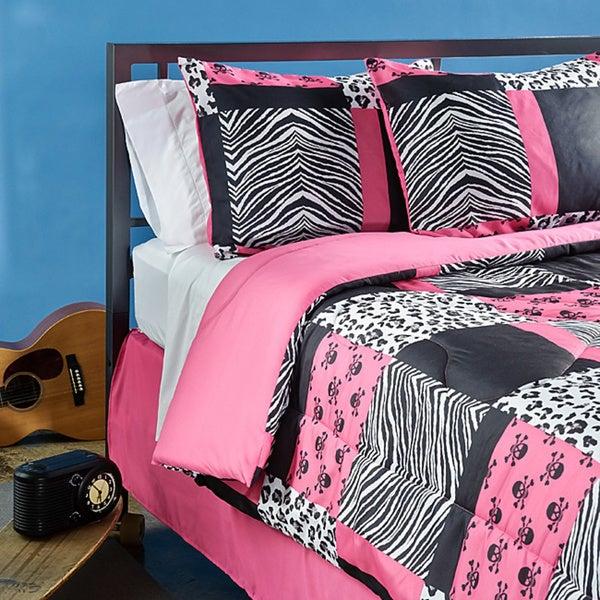 Sassy Patch 4-piece Queen-size Comforter Set