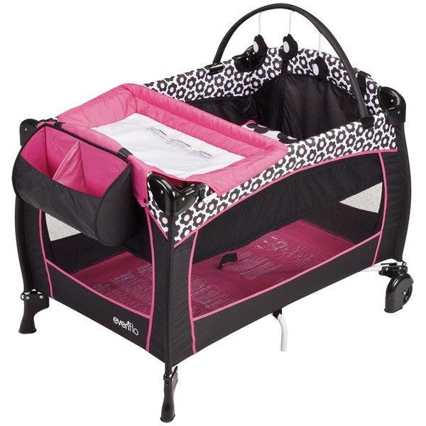 Evenflo BabySuite 300 Playard in Marianna