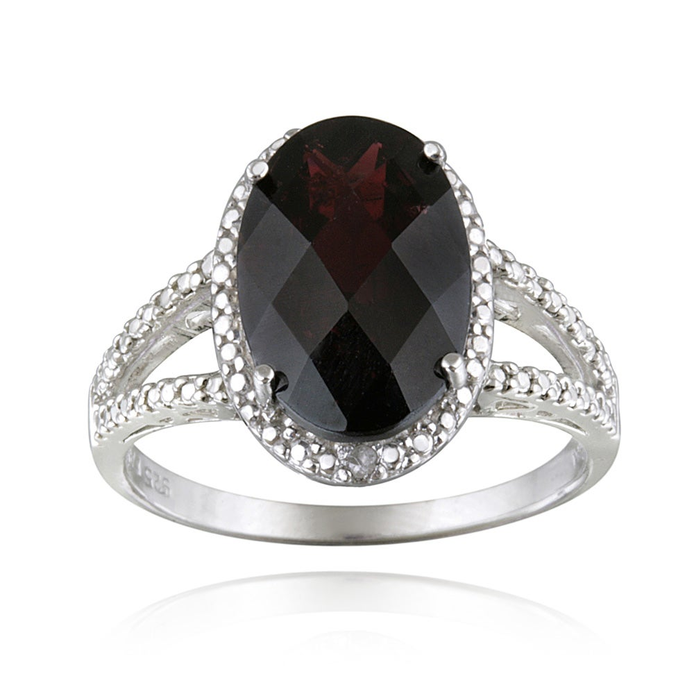 Glitzy Rocks Silver Oval Garnet And Diamond Accent Ring (5