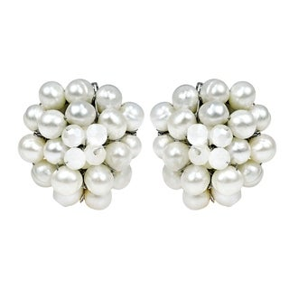 White Elegance Freshwater Pearl Chrysanthemum Clip On Earrings (Thailand)