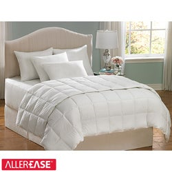 AllerEase Hot Water Washable King-size Hypoallergenic Comforter