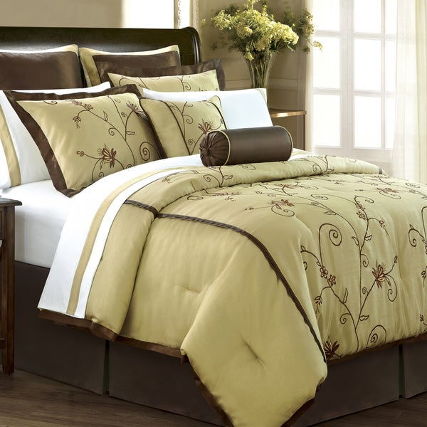 Angelica Gold 12-piece Room in a Bag with Sheet Set