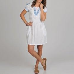 La Cera Women's Embroidered Chemise Dress