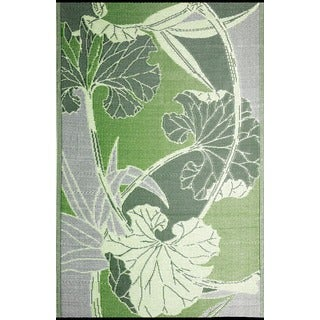 b.b.begonia Blossom Reversible Design Green and Grey Outdoor Area Rug (5' x 8')