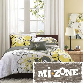 Mi Zone Mackenzie Yellow/ Grey Patterned Polyester 4-piece Quilt Set