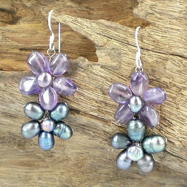 Sweet Daisy Links Pearl Earrings (Thailand)