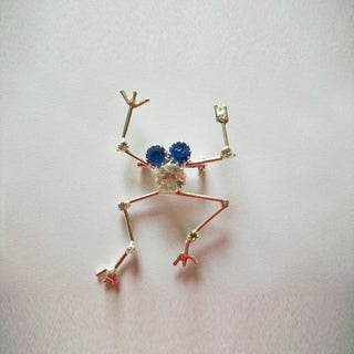 Detti Originals Silverplated Frog Crystal and Wire Pin