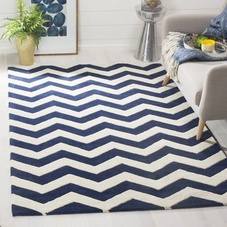 Handmade Chevron Dark Blue/ Ivory Wool Rug (7' Square)