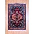 Indo Hand-knotted Heriz Red/ Navy Wool Rug (4' x 5'10)