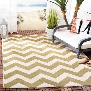 Safavieh Courtyard Green/ Beige Indoor/ Outdoor Area Rug