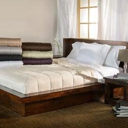 Luxor Treasures All-season Luxurious Down Alternative Reversible Blanket