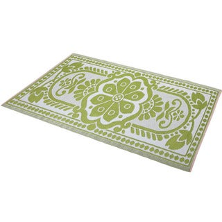 Green/White Indoor/Outdoor Rug (6' x 4') (India)