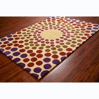 "Allie Handmade Geometric Cream Wool Area Rug (5' x 7'6"")"
