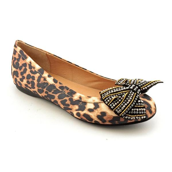 Penny Loves Kenny Women's 'Fergie' Satin Dress Shoes