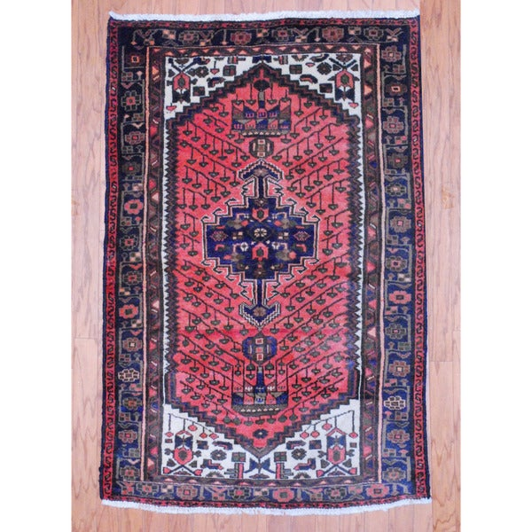 Persian Hand-knotted Tribal Hamadan Red/ Navy Wool Rug (3'4 x 5')