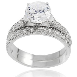 Journee Collection Sterling Silver Round Pave-set Cubic Zirconia Bridal-style Ring Set