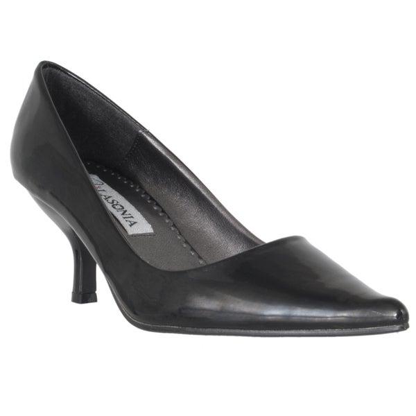 Riverberry Women's Black Pointed Toe Kitten Heel Pumps