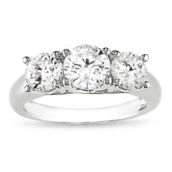 Miadora 14k White Gold 2ct TDW Diamond 3-stone Engagement Ring (I-J, I1-I2)