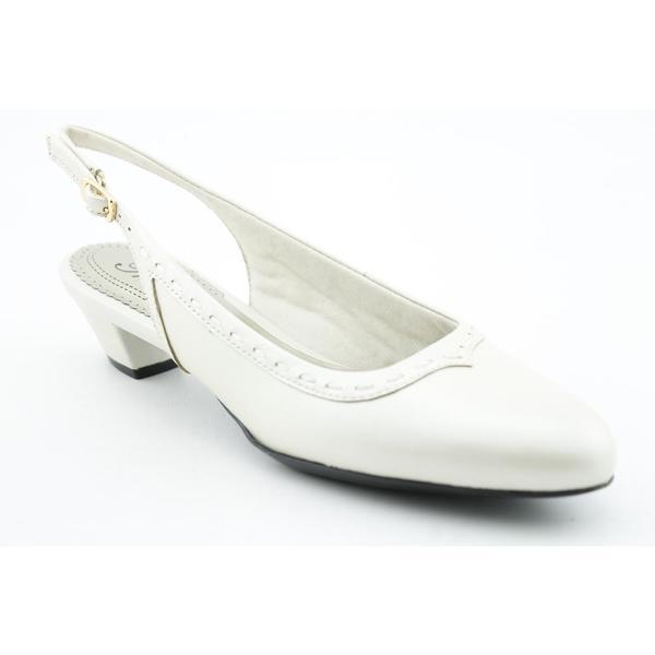 Trotters Women's 'Dana' Leather Dress Shoes - Narrow (Size 13)