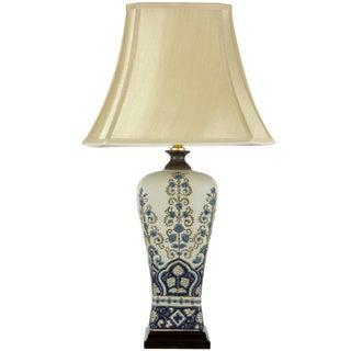 Fleur de Lis Design Porcelain Lamp (China)