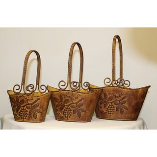 International Caravan Oval Painted Tin Basket with Decorative Iron Handles (Set of 3)