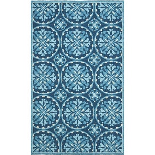 "Safavieh Four Seasons Stain-Resistant Hand-Hooked Blue Area Rug (3'6"" x 5'6"")"