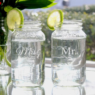 Mr. & Mrs. 26-oz Mason Jars (2)