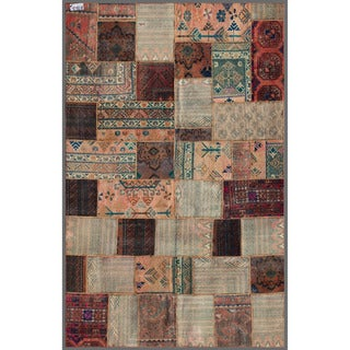 Pak Persian Hand-Knotted Patchwork Multi-Colored Wool Area Rug (5'8 x 8'10)