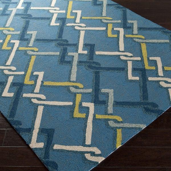 Hand-hooked Blue Indoor/Outdoor Geometric Rug (5' x 8')