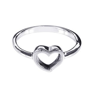 Modern Romance .925 Sterling Silver Heart Ring (Thailand)