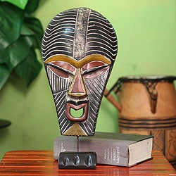 Handcrafted Sese Wood 'Abstract Kifwebe' African Mask (Ghana)