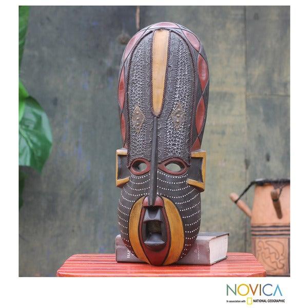 Handcrafted Sese Wood 'Akan Beauty' African Mask (Ghana)