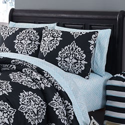 Daria 11-piece Bed in a Bag with Sheet Set