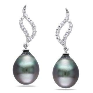 Miadora 10k White Gold Tahitian Black Pearl and 1/10ct TDW Diamond Earrings (H-I, I2-I3)