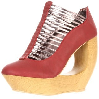 Fahrenheit Women&#39;s &#39;Lolita-05&#39; Red Wood Finished Cut-out Wedges
