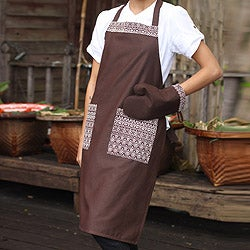 Cotton 'Brown Kitchen Chic' Apron and Oven Mitt (Thailand)