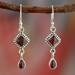Sterling Silver 'Fire of Love' Garnet Earrings (India)