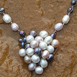 Handcrafted Pearl 'Enchantment' Necklace (4.5-6 mm) (Thailand)