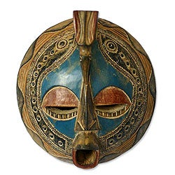 Handcrafted Sese Wood 'Faithful Love' African Mask (Ghana)