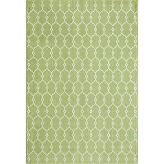 Indoor/Outdoor Green Trellis Rug (2'3 x 4'6)