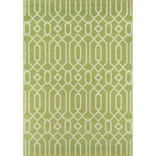 Indoor/Outdoor Green Links Rug (7'10 x 10'10)