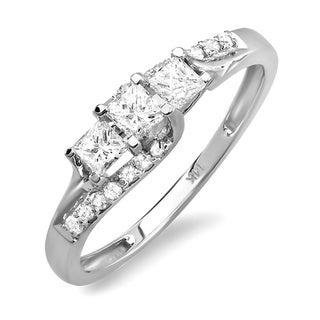 14k White Gold 1/2ct Princess and Round 3-Stone Diamond Engagement Ring (H-I, I1-I2)