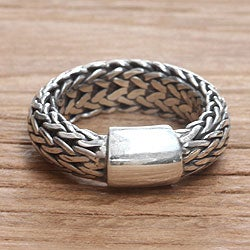 Sterling Silver Men's 'Dragon Sigh' Ring (Indonesia)