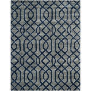 Safavieh Hand-made Soho Grey/ Dark Blue Wool Rug (8'3 x 11')