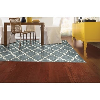 Fancy Trellis Gray Rug (5' x 8')