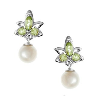 Kabella Sterling Silver FW Pearl and Peridot Earrings (6-6.5 mm)