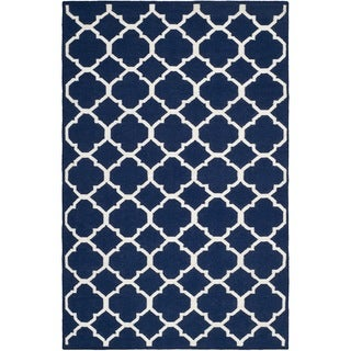 Safavieh Hand-woven Moroccan Reversible Dhurrie Navy/ Ivory Wool/ Viscose Rug (9' x 12')