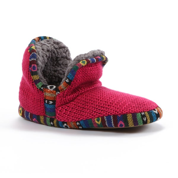 Muk Luks Women's 'Amira' Pink Knit Guatemalan Slippers