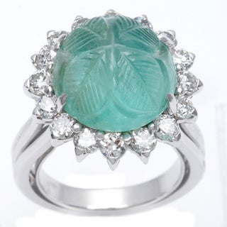 Pre-owned 18K White Gold 1ct TDW Carved Emerald Cocktail Ring (F-G, VS1-VS2)